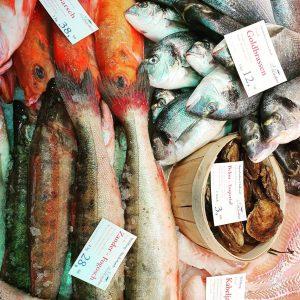 Wir sind süchtig....nach perfekter Qualität. Heute wieder eine neue Lieferung mit herrlichem Fisch aus #wildfang #fischgruber #fischmarkt...