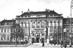 (um 1921/ÖNB/Wiki) K.K. Hof Stallungen Hofstallgebäude, am Rand des Glacis gegenüber der Hofburg, unter Karl VI. von...