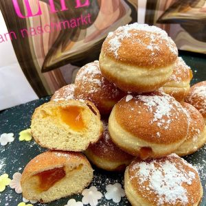 Die Bäckerei Grimm ist für ihre traditionsreiche Handarbeit bekannt. Seit 1536 besteht der Betrieb in Wien Innere...