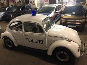 eins zwei polizei ! ! #garage #legend #white #office #stunt #emergency #police #firechief ...