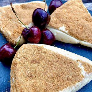 Entdecken Sie jetzt das Geheimnis des unvergleichlichen Geschmacks des Camembert Pane coupe. Der charakteristisch feine Geschmack wird...