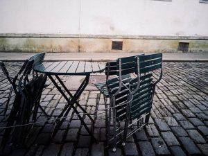 #passing #empty #1010 #vienna Kleines Cafe