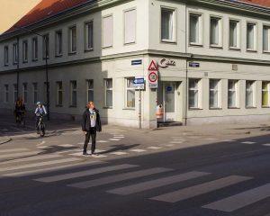 _______________________________ #vienna #austria #österreich #wien #documentaryphotography #everydayeverywhere #everydayaustria #ausländer #artwork #aesthetics #pellicolamag #justifiedmagazine ...
