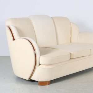 Could it be any more comfy? The style term Art Deco is applied to the shaping in...