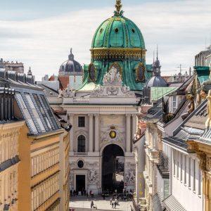 Wir hoffen, Sie hatten erholsame Feiertage und konnten das schöne Wetter in Wien genießen ☀️ . pic...