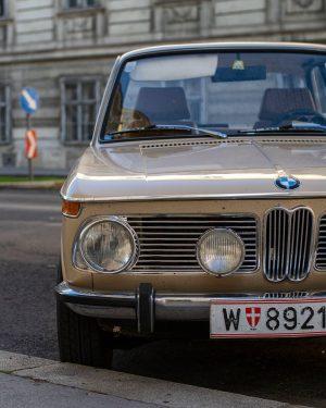 C L A S S I C . . #asundaycarpic #sundaycarpic #classiccarpic #classiccars #bmw #bmw02 #bmw02club #wienmalanders...