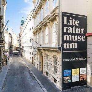 Heute noch nichts vor? Anlässlich des Internationalen Frauentages am 8. März legt die Österreichische Nationalbibliothek einen besonderen...