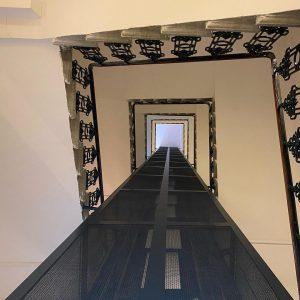 Furcsa vonalak #spiralstaircase #nice #buildingporn #building #buildings #buildingahouse #buildinglovers #buildinglover #photo #photogram #photooftheday #photographylovers #photoftheday #photos #photoday...