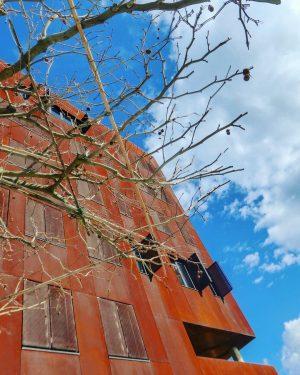 #architecture #vienna #wien #austria #oesterreich #österreich #prater #wucampus #messewien #krieau #lockdown #march2021 WU (Wirtschaftsuniversität Wien)