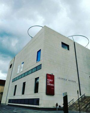Leopold Museum, Wien Vienna #leopoldmuseum #museum #museo #muzej #vienna #wien #cityofvienna #viennanow #wienstagram #wienmuseum #viennamuseum #streetsofvienna #viennaaustria...