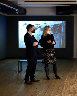 • BESUCH VOM KLIMASTADTRAT 🌱 Die Ausstellung NACH UNS DIE SINTFLUT wurde kürzlich vom Klimastadtrat Jürgen @czernohorszky...