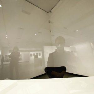 Me #reflecting - beim #Versuch #Werke in der #Ausstellunh #cyberneticsofthepoor #KunsthalleWuen zu entschlüsseln >:e) Kunsthalle Wien