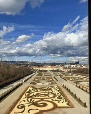 #belvedere #vienna #igersaustria #igersvienna #photooftheday #schlossbelvedere #belvederepalace Belvedere Gardens, Vienna