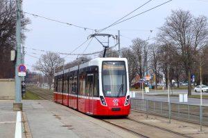 Mittlerweile sind 20 Flexity im Bestand der Wiener Linien, 19 davon fahren auf den Linien 6 und...