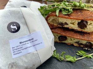 Ab jetzt jeden Freitag bei uns erhältlich: Blunzenbrot vom Steirereck. Mit Liebe hausgemacht, direkt im Steirereck gebacken....