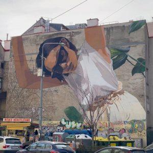 Schöne Werbung :-) #viennamurals #viennastreetart @concrete.at #wienerwürstelstand #muralart #pfeilgasse #publicart #wallsofvienna #mural #wallpainting #graffitiart #kulturblogger #kunstblogger #wienliebe...