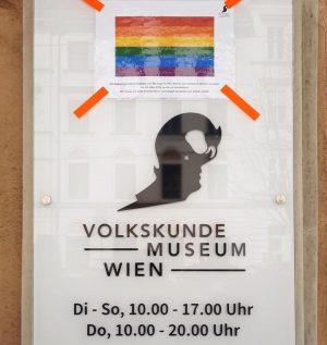 🌈 Die Regenbogenflagge hängt bei uns 365 Tage im Jahr, weil es uns wichtig ist ein Zeichen...