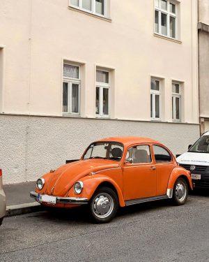 şu tip arabalara zaafım var 🤤 #vienna #blog #wien #fashion #austria #style #viennanow #bloggers #igersvienna #fashionblogger #vienna_city...
