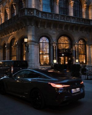 Café Central without a line infront = rare view. Setting sunset, beautiful car ...