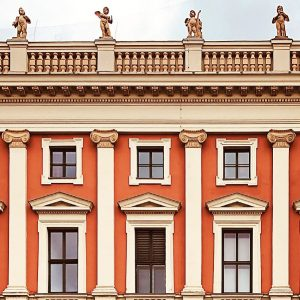 Almost Potsdam. Musikvereinsplatz, Innere Stadt, Vienna. @philopolist @almosttimbuktu #wojciechczaja #editionkorrespondenzen #almost #almostthere #city #cityphotography #travelphotography #travel #urbanphotography...