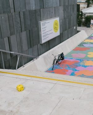 #mumokmini: FlowerStaircaseTrot Looking for a fun outside activity? Many things can be tried out on our flower...