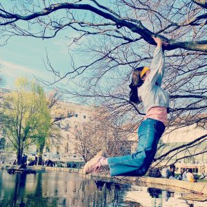 Jumping on water ♥️. Burggarten