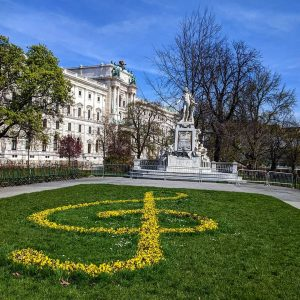 Visiting the Burggarten, a private royal garden for the Habsburg family until 1918 ...