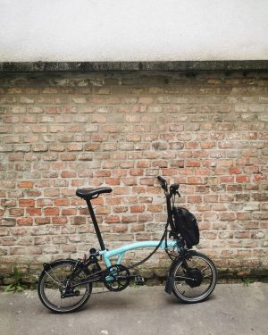 Handy, light, foldable. Not necessarily something you expect from an electric bike. But ...
