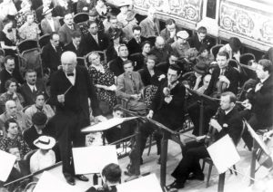 """#VPOhistory ✨ Did you know that until today the Vienna Philharmonic performed Richard Strauss' """"Sinfonia domestica"""" 65..."""