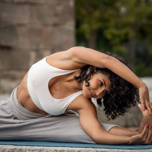 It's Wellness Wednesday! 🧘♂️🧘♀️ Wann habt ihr zuletzt Yoga gemacht? 😌 #johnharrisfitness #johnharris #jhfitness #wellnesswednesday #wellness #relax...