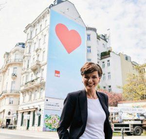 """Nach der großartigen Plakataktion von """"Courage - Mut zur Menschlichkeit"""" in Kooperation mit ..."""