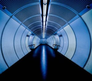 ... ° ° ° #symmetricalmonsters #symmetryhunters #symmetrykillers #tunnelvision #tunnel #urbanromantix #urbanshots #urbanphotography #urbanjungle #metrostation #ubahnwien #viennna #viennaphotogroup...