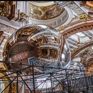 Church in Vienna... art & construction... shot with my fujifilm X-T1 @fujixlovers @fujifilmx.de in spring 2020. Love...