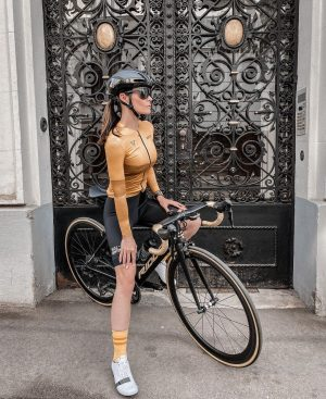 When you find a door gate perfectly matching your bike you kind of ...