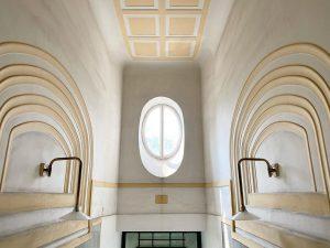 🧚♂️✨ . . . #vienna #vienna_city #oldvienna #architecture #architecturelovers #igersvienna #facade #mystery #michaelhuey ...
