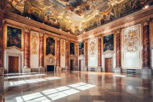 It seems, there is movement everywhere you look in the Hercules Hall at the GARDEN PALACE: light...