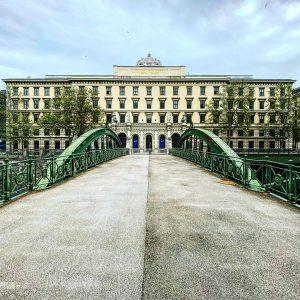 Ferdinand Paul Wilhelm Eduard Sprenger war der wichtigste Wiener Vertreter des Klassizismus: ein preußischer Architekt in Österreichs...