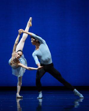 """Das @wienerstaatsballettofficial ist zurück: Donnerstagabend steht die Premiere von """"A Suite of Dances"""