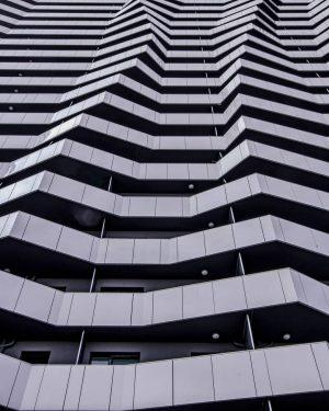1210 ... Todays mood... #archilover #architectural #archidesign #arch_more #architizer #architecture_greatshots #rsa_architecture #minimal_lookup #leopoldstadt #chairaffair #strideby #artwatchers #coffeeshopcorners...