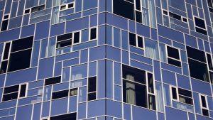 Vienna, 2021 . . . . . #architecture #windows #blue #pattern #patterns #vienna #wuwien #architecturephotography #symmetry #shadows...
