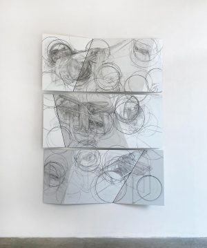 ( #newwork ) CENTER OF GRAVITY - Graphit on Dipond, 2021 - 200 x 150 cm >...