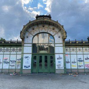 😱OMG!!!🖤 #ottowagnerpavillon #wienmuseum Vienna
