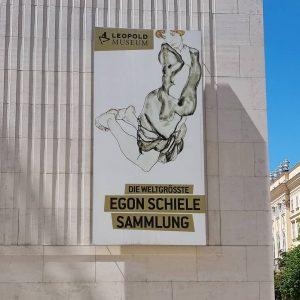 Die weltgrößte Egon Schiele Sammlung ... Der Typ war ja auch Österreicher. Ka ...