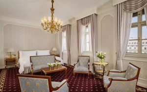 STAY FOR BREAKFAST 🥐 Vienna City Card Holders await a 20% discount on their overnight stay with...