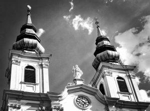 Mariahilfer Kirche, Church of Mariahilf #austria #vienna #vienna🇦🇹 #wien #wien🇦🇹 #austria🇦🇹 #österreich #österreich🇦🇹 ...