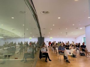 #Wiener #Feuilleton (Doppelseite) // #mumok #pressekonferenz #zobernig #enjoy mumok - Museum moderner Kunst ...