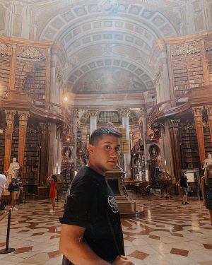 🌗✨📚 Österreichische Nationalbibliothek
