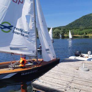 Sportlich unterwegs auf der Neuen Donau bei der Werner Dohnal Memorial Regatta. Schönes Wochenende! #segeln Neue Donau