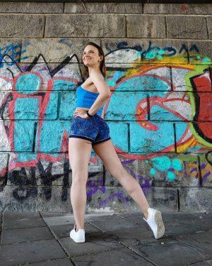 Ready to jiggle 😃😃 . . 📸: @vanessa.susanne . . . . . #summerfeeling #summerlover #summeroutfit #summerinthecity...