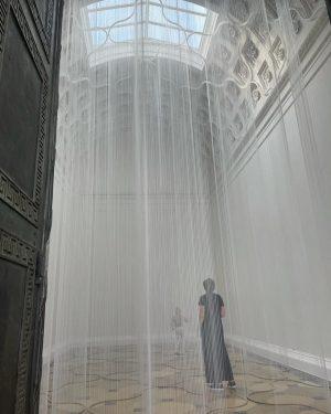 Love this ephemeral, site-specific installation by #susannafritscher at #theseustempel curated by @jasperdgsharp / @kunsthistorischesmuseumvienna 😍. Even wrote...